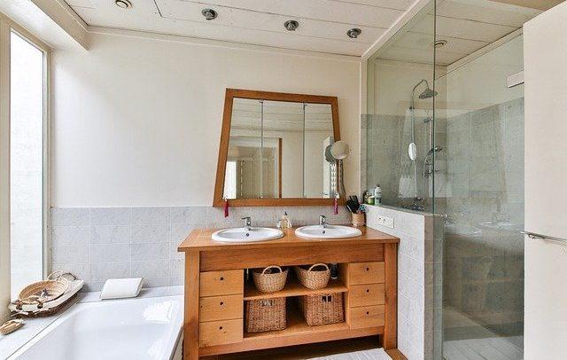 Triky na čištění sprchového koutu