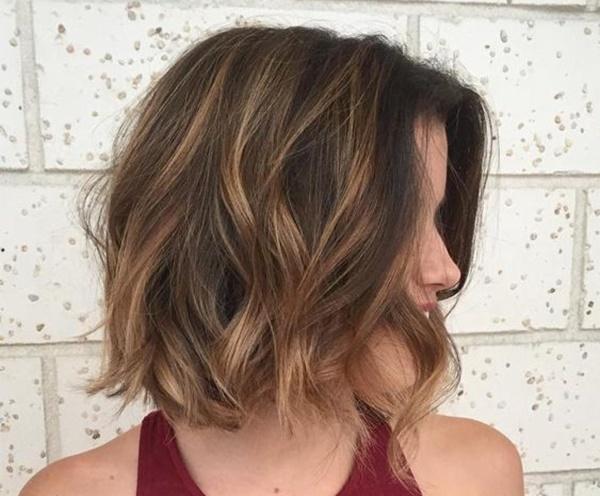Jak funguje technika barvení vlasů balayage