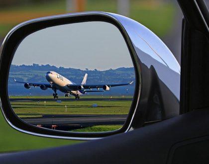 Jak parkovat na letištích za méně peněz