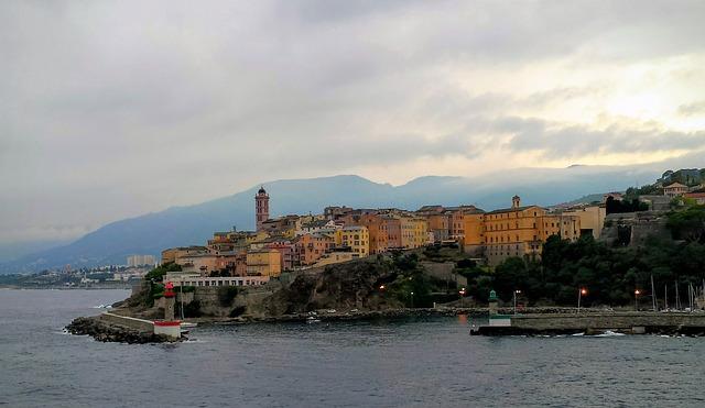 Dovolená na Korsice – doprava, památky