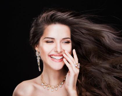 Jak si vybělit zuby levně a jednoduše?