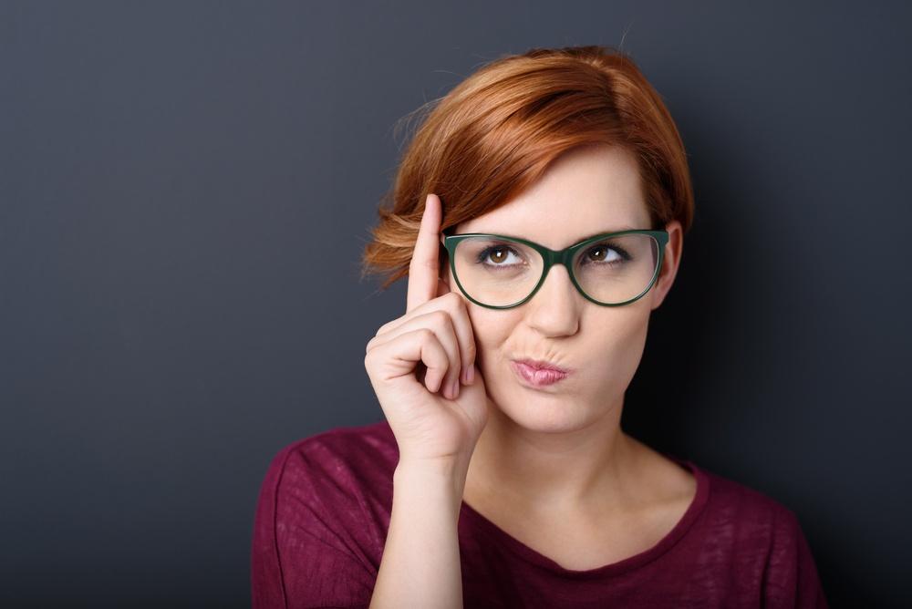 Jak se nalíčit pod brýle