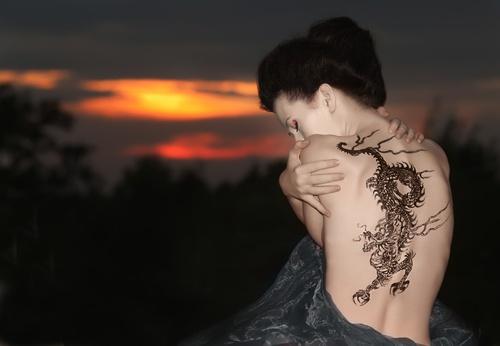 5 způsobů, jak odstranit nechtěné tetování
