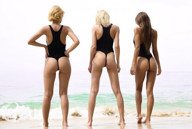 5 tipů, jak vybrat plavky. Jaké jsou v trendu?